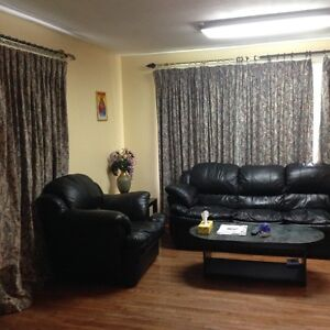 LARGE FURNISHED SIX BED ROOM HOME IN PORT HOPE -FOR CONTRACTORS Peterborough Peterborough Area image 3