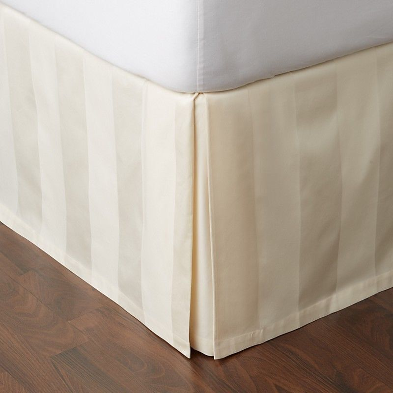 Hudson Park Collection 600 Tc Queen Bed, Queen White Bed Skirt 16 Drop