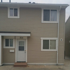 Three Bedroom Town House for rent in  Thickwood Fort McMurray
