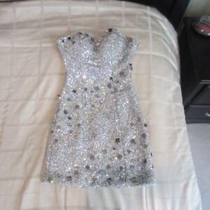 PROM & EVENING DRESSES