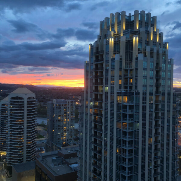 1 Bedroom Apartment Downtown Calgary(August.1st) | Long ...