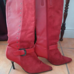 Suede Fashion Boots with side zipper Size 9