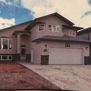 5 Bedroom House for Rent / Sale Cold Lake North