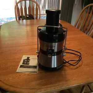 Juicer and coffee Maker