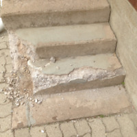 GET YOUR CONCRETE STEPS REPAIRED BEFORE WINTER