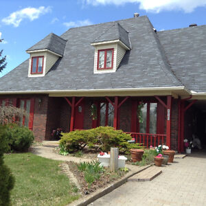 lery quebec  cottage in a great location. near highway 30