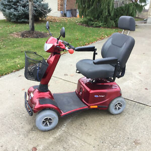 Invacare mobility scooter Auriga like new