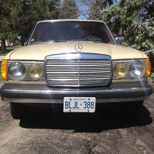 Mercedes 240D in Excellent Condition
