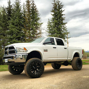 "2015 Dodge Cummins 3500 8"" BDS Lift/Fuel Wheels"