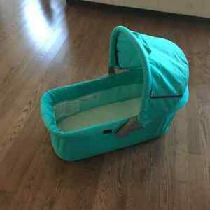 Hauck Malibu Travel Bassinet