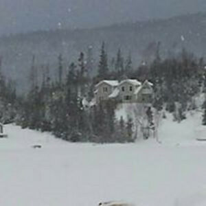 SNOWMOBILING PARADISE - CABINS FOR RENT