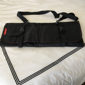 Knife carrying case
