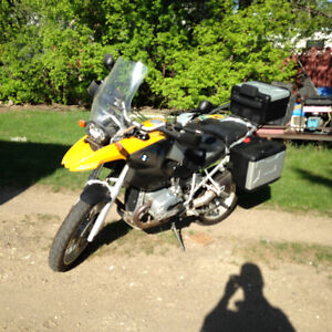 BMW R1200 GS with Every Option!