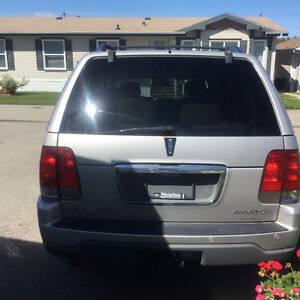 2005 Lincoln Aviator Leather SUV, Crossover