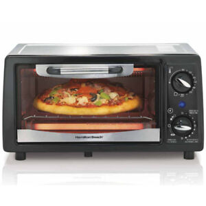 Hamilton Beach 4-Slice Toaster Oven MD: 31134 (Brand New)
