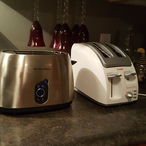 Slow cooker with timer and toaster St. John's Newfoundland image 6