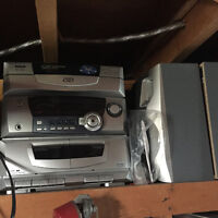 RCA 5 disc CD and cassette player
