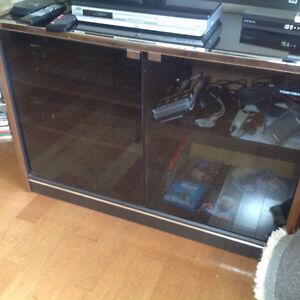 Toshiba stereo/tv cabinet