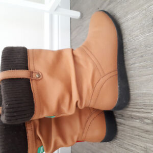 Cougar Waterproof Leather Mid Calf Winter Boots
