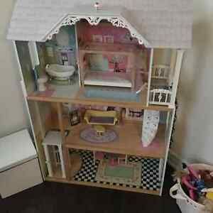 Imaginarium My Very Own Dollhouse Buy Sell Items Tickets Or Tech In Ontario Kijiji