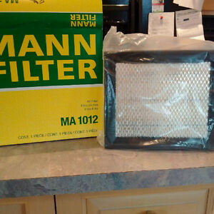 Mann Air filter for Explorer, Ranger, Mazda B3000 *NEW*