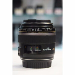 like new canon EF S 60 2.8 USM Macro lens