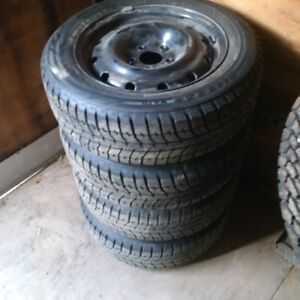 Blizzak WS70 Winter Tires and Rims 205/60R16 Kitchener / Waterloo Kitchener Area image 2