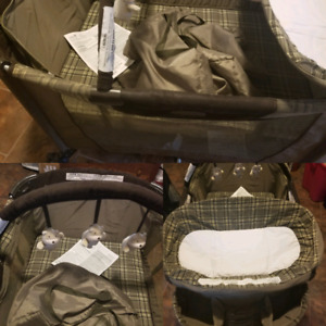 Safety 1st Deluxe Playpen