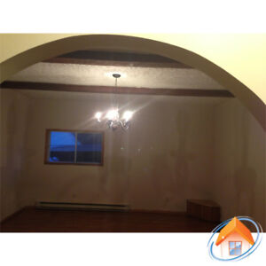 South End 4 Bedroom Flat, 2 Full Baths w Parking-Avail Sept 1