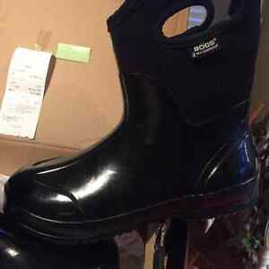 "Brand New ""Shiny Mid Black Bogs"""