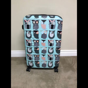 Woman's Suitcase/Luggage