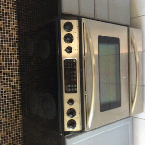 Frigidaire stove for sale for parts!