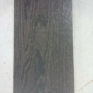 25.5 sq ft of oak hardwoiod floor new
