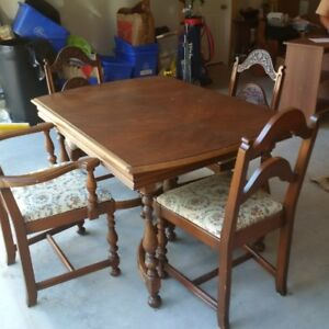 Dining Room Set, Cushioned Chairs