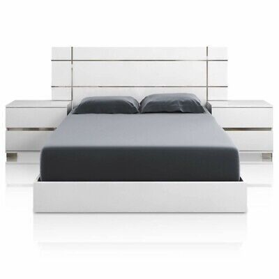 Maklaine Queen Bed in White High Gloss and Chrome Foil Trim
