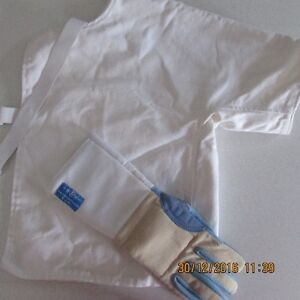 Fencing Vest and Glove size M Peterborough Peterborough Area image 1