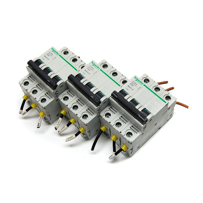 (Lot of 3) Schneider Electric Multi-9 C 15A 3-Pole C60 Circuit Breakers (17466)