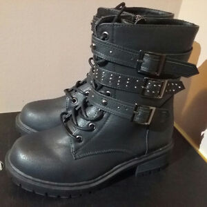 Ladies boots from Torrid.com
