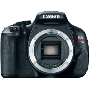 CANON T3i DSLR CAMERA w/ TWO LENSES AND BAG