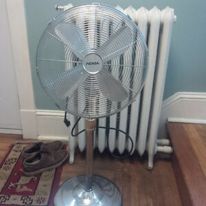High Quality Metal fan (needs minor repair, but works fine)