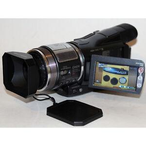 Sony HDR-HC1 Handycam Digital HD Video Camera Camcorder Mini DV