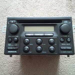 2000 Honda Accord CD Player $20