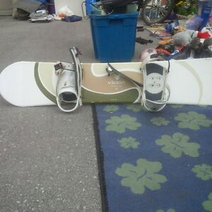 52 inchh snow board with bindings