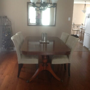 Dining Room Suite for Sale. NOW SOLD Peterborough Peterborough Area image 1