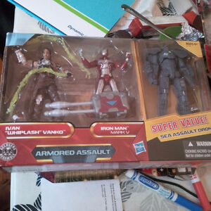 IronMan 2 - 3 pack figures (sealed)