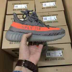 Yeezy Boost 350 v2 size US 10.5