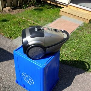 Compact powerful Hoover Duros 12 amp Vacuum cleaner