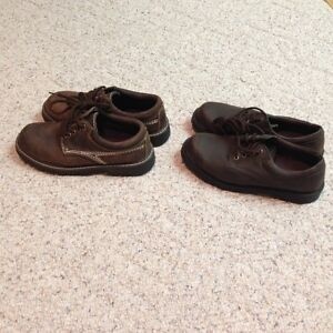 YOUNG MEN'S SIZE 7 DRESSY/CASUAL BROWN SHOES