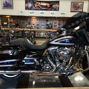 Mint Condition Harley Street Glide Special FLHXS