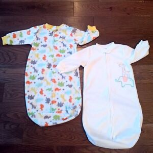 NEW CARTER'S LONG-SLEEVED FLEECE SLEEP SACKS - Set of Two - 0-9M